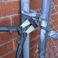 How To Use Bolt Cutters Cut Through Locks Fences Wires And More Spy