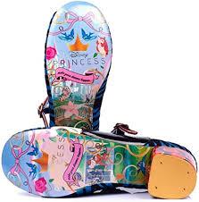 Amazon.com: Irregular Choice X Disney Princess - Bomba de tacón con forma  de manzana, color blanco, Rojo, 7.5: Shoes