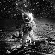 خلفيات ايفون و ايباد تظهر روعة الفضاء الخارجي