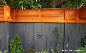 Vertical And Horizontal Fence Stained Dark Gray In The Lower Part And Cedar Color In The Upper Portion Horizontal Fence Wood Fence Fence Stain