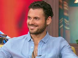 Adan Canto to star in NBC drama pilot – Moviehole