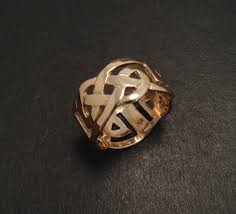 ancient celtic knot design in 9ct rose