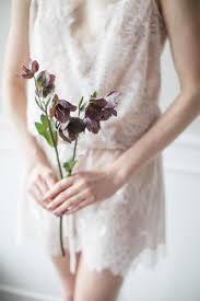 Hilary Chan & JF Florals | Bridal Boudoir Shoot | Hong Kong – The Lace  Atelier
