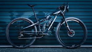momsen builds a special bike for munga
