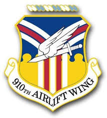 Amazon Com Us Air Force 910th Airlift Wing Vinyl Transfer Decal Military Veteran Served Window Bumper Sticker Vinyl Decal 3 8 Automotive