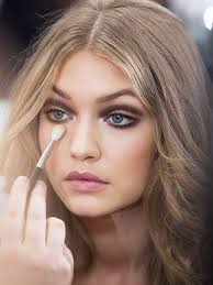 10 things celebrity makeup artists