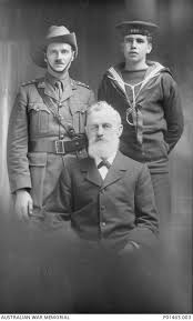 Studio portrait of Captain Henry William Murray – World Wars