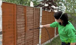 How To Stain A Wooden Fence Woodie S