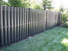 Aluminum And Vinyl Privacy Fencing Easy To Install Vinyl Privacy Fence Fence Design Aluminum Fence