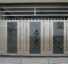 Modern Stainless Steel Auto Gate Design For Closed Home Design With Small Space Steel Gate Design Gate Design Gate Designs Modern