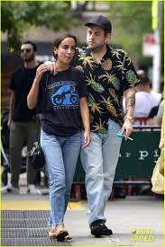 Jonah Hill & Girlfriend Gianna Santos ...