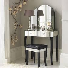 mirrored furniture creating spacious
