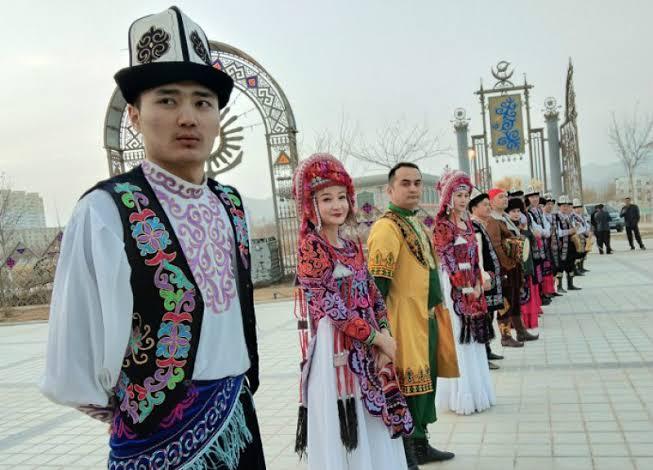 "Hasil gambar untuk muslim uighur"""