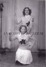 WF 3368 - Shirley Raeder (top) and June Johnson (bottom)