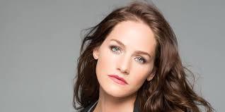 Kelly Overton (aka Vanessa on Van Helsing) Wiki Biography ...