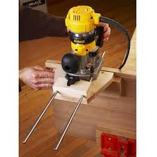 Dual Purpose Router Edge Guide Woodworking Plan From Wood Magazine Woodworking Tools Woodworking Woodworking Plan
