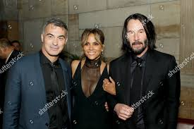 Chad Stahelski Director Halle Berry Keanu Reeves Editorial Stock ...