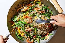korean gl noodle and vegetable stir