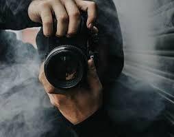 正在拍照的摄影师图片】_正在拍照的摄影师图片图片素材免费下载_设计库
