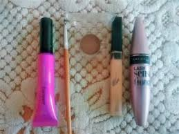 emergency makeup kit must haves that