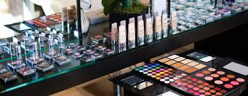 make up and hair academy