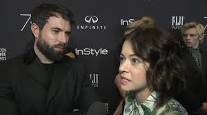 Tatiana Maslany and Tom Cullen face fame together - YouTube