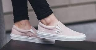 Pin by Adela Keller on shoes | Sock shoes, Sneakers, Vans slip on