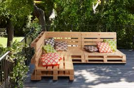 diy pallet garden furniture from