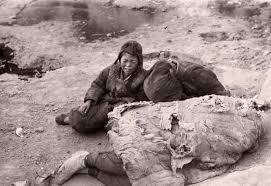 1942年河南大饥荒:比电影还要惨烈,蒋介石看完双腿不停颤抖- 上游新闻 ...