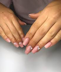 Celia Krysztalki Swarovskiego Nails Nailart