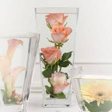 centerpieces that give putting flowers