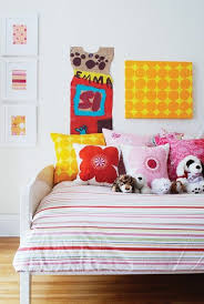 60 Kids Bedroom Makeover Ideas To Try This Weekend Kids Room Colorful Kids Room Pop Art Bedroom