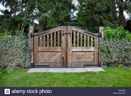 Wooden Gate Fence Entrance Park High Resolution Stock Photography And Images Alamy