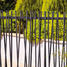 Blooma Powder Coated Steel Tube Fencing W 1 8 M Cerca De Acero Diy