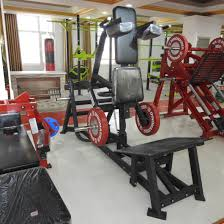 hammer strength v squat machine