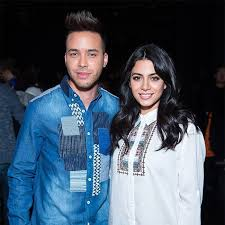 Prince Royce on Christmas Shopping for Girlfriend Emeraude Toubia - E!  Online