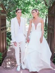 See Diana Taurasi and Penny Taylor's Wedding Photo! | PEOPLE.com