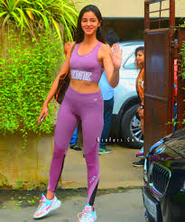 ananya pandey new hottest gym pictures