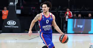 larkin to join turkish national team