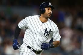 Aaron Hicks Signs Extension With Yankees