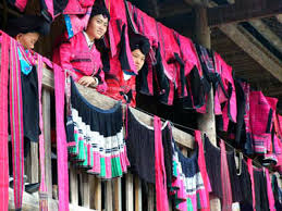 the cloth drying festival of yao people