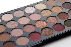 makeup revolution flawless 32 palette