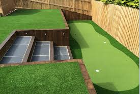 artificial grass putting green from