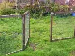 Seperate Runs Free Standing And Interlocking Linked Panels Kintaline Farm Benderloch