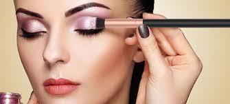 useful eye makeup tips for beginners