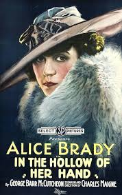 Pełna obsada - In the Hollow of Her Hand (1918) - Filmweb