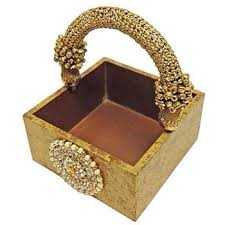 gifts for housewarming ceremony india