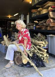 Frederick artist finds beauty in boxwood | Winchester Star |  winchesterstar.com