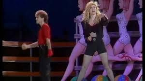 Lorella Cuccarini - Magic (La Notte Vola 1989) - YouTube