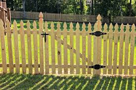 Wood French Gothic Picket Fence With Gate Front Yard Fence Picket Fence Gate Wood Fence